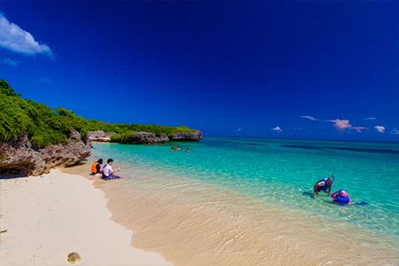 沖縄の観光もリゾバも夏がピーク